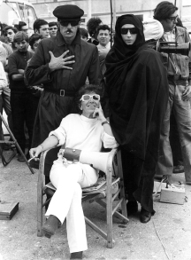 Lina Wertmüller with stars Giancarlo Giannini and Mariangela Melato on the set of THE SEDUCTION OF MIMI.
