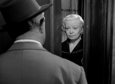 Lucienne Bogaert in MAIGRET SETS A TRAP.