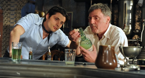Raphaël Personnaz as Marius and Daniel Auteuil as César in MARIUS, a film by Daniel Auteuil.