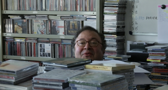 Frédéric Lodéon in LA MAISON DE LA RADIO, a film by Nicolas Philibert.