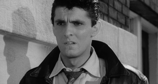 Keefe Brasselle as Drew Baxter in Ida Lupino's NOT WANTED.