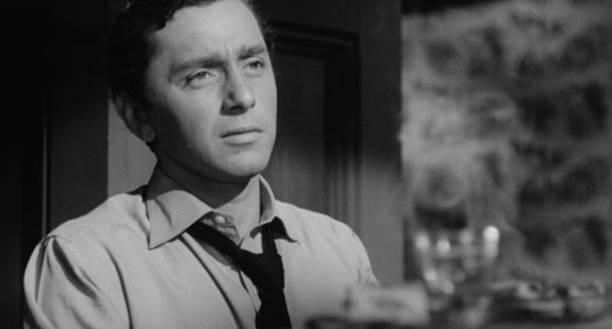 Steve Ryan (Leo Penn) is an itinerant pianist in Ida Lupino's NOT WANTED.